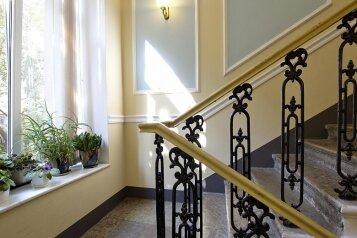 Отель, Большая Конюшенная улица на 111 номеров - Фотография 2