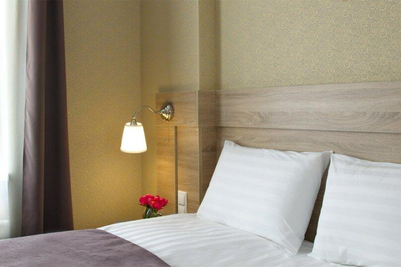 Стандартная комната с широкой кроватью, Большая Конюшенная улица, 10, Санкт-Петербург - Фотография 3