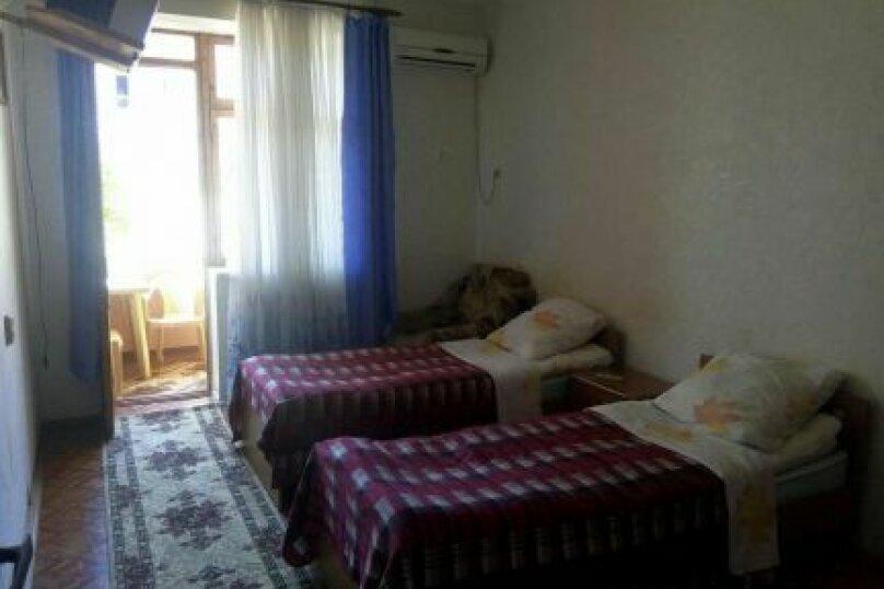 Отдельная комната, улица Победы, 141А, Лазаревское - Фотография 2