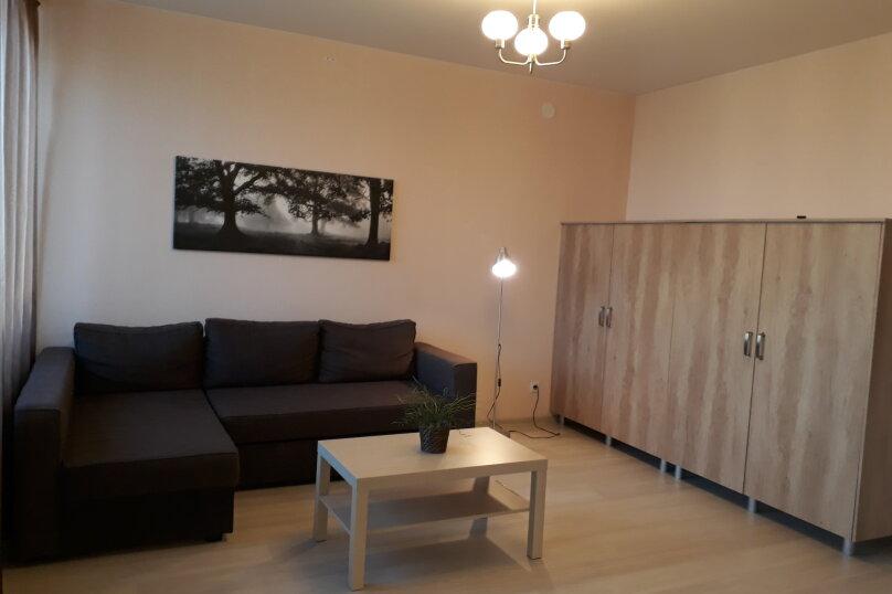 1-комн. квартира, 42 кв.м. на 3 человека, Взлётная улица, 7Д, Красноярск - Фотография 1