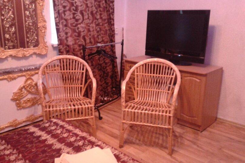 Апартаменты (1- комнатные), набережная Пушкина, 17, Гурзуф - Фотография 2