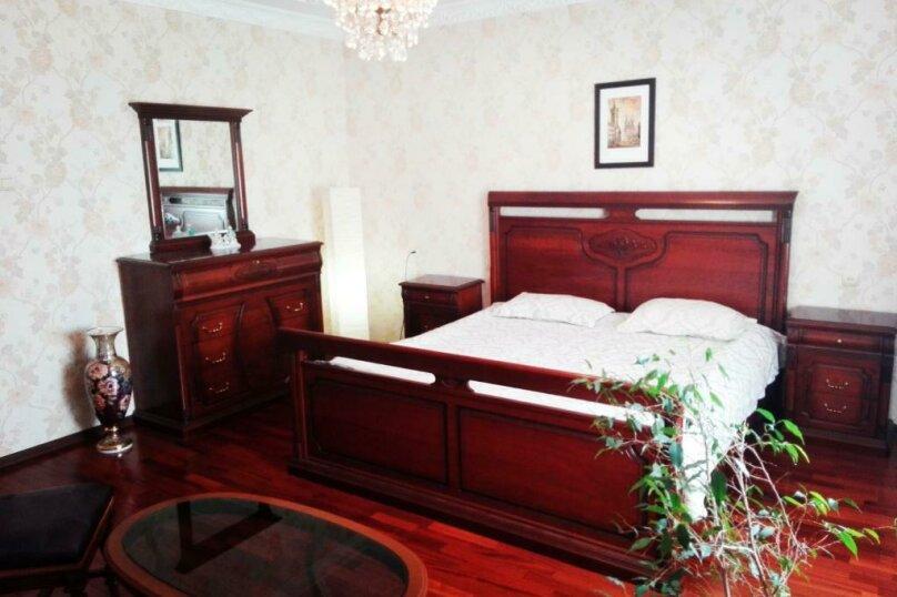 Дом, 250 кв.м. на 14 человек, 4 спальни, Минеральная улица, 38, Кисловодск - Фотография 1