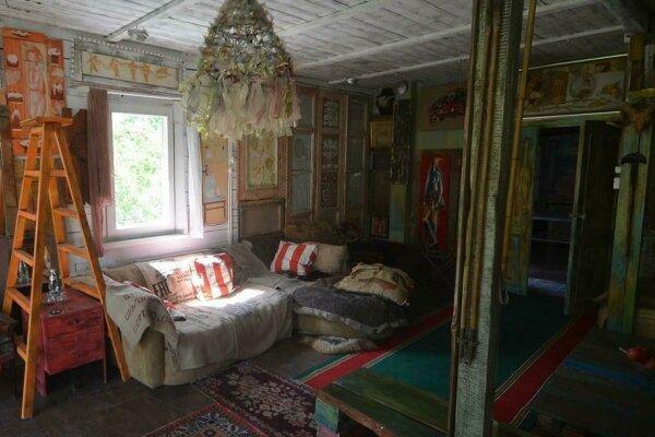 Дом художника феиной  с  камином, 210 кв.м. на 6 человек, 4 спальни, проспект Мира, 76, Голицыно - Фотография 1