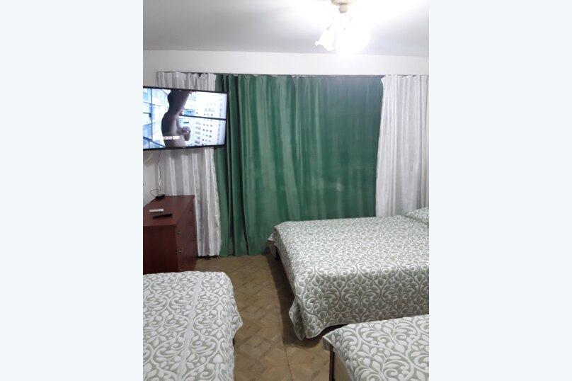 Отдельная комната, Свирская улица, 22, Лазаревское - Фотография 1