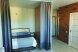 Отдельная комната, улица Энгельса, 76, Ейск с балконом - Фотография 9