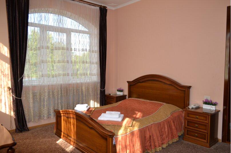 Улучшенный однокомнатный номер с одной кроватью, Заречная улица, 62а, Пятигорск - Фотография 1