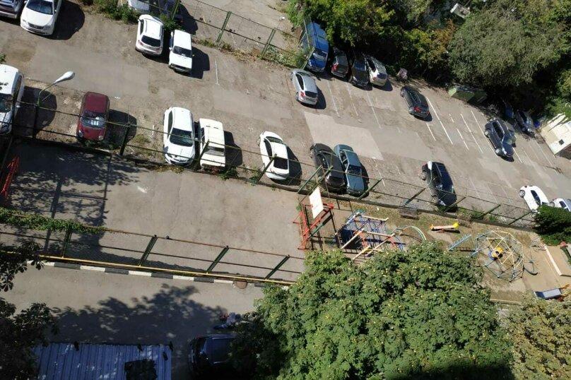 1-комн. квартира, 35 кв.м. на 4 человека, улица Чапаева, 19/27, Саратов - Фотография 2