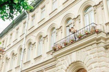Отель, улица Чайковского, 55 на 70 номеров - Фотография 1