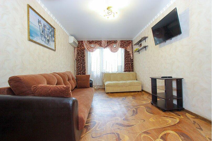 1-комн. квартира, 36 кв.м. на 3 человека, улица Федько, 64, Феодосия - Фотография 1
