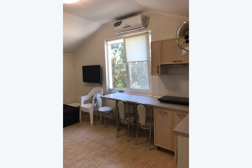 Двухкомнатный номер с кухней без вида на море., Алупкинское шоссе, 60н, Гаспра - Фотография 7
