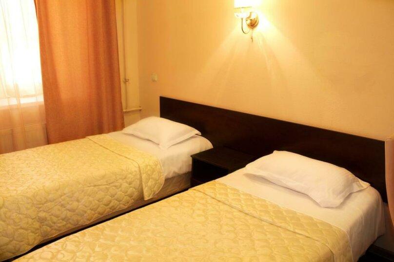 Двухместный номер с 1 кроватью или 2 отдельными кроватями и душем , улица Ломоносова, 3, Санкт-Петербург - Фотография 2