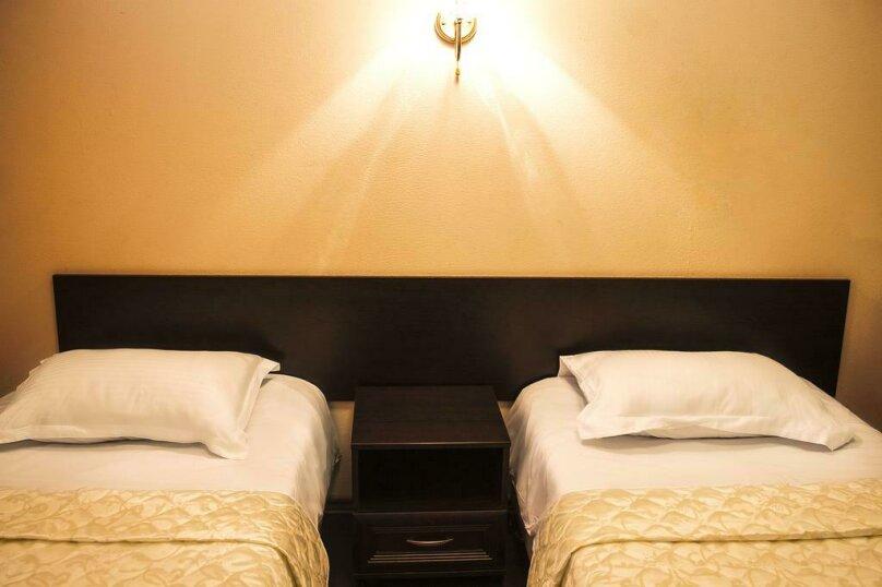 Двухместный номер с 1 кроватью или 2 отдельными кроватями и душем , улица Ломоносова, 3, Санкт-Петербург - Фотография 4