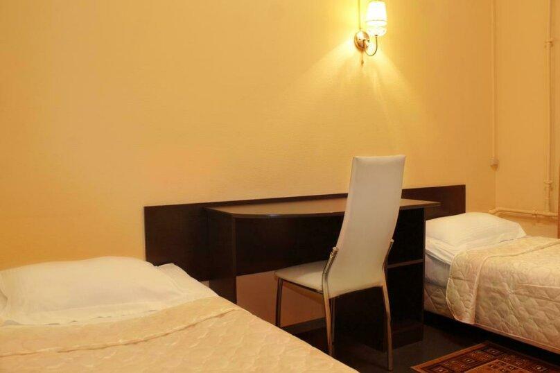 Двухместный номер с 1 кроватью или 2 отдельными кроватями и душем , улица Ломоносова, 3, Санкт-Петербург - Фотография 5