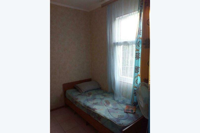 3-х местный номер, Хвойная улица, 28, Лазаревское - Фотография 1