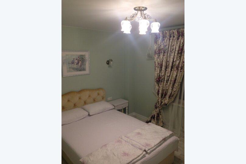 Первый этаж  3 этажного дома с отдельным входом, 60 кв.м. на 6 человек, 2 спальни, Севастопольское шоссе, 54Е, Гаспра - Фотография 18
