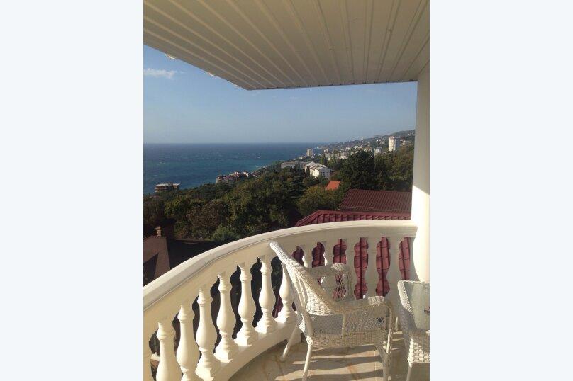 Верхний этаж дома с панорамным видом на море и отдельным входом, 133 кв.м. на 6 человек, 2 спальни, Севастопольское шоссе, 54 Е, Гаспра - Фотография 17
