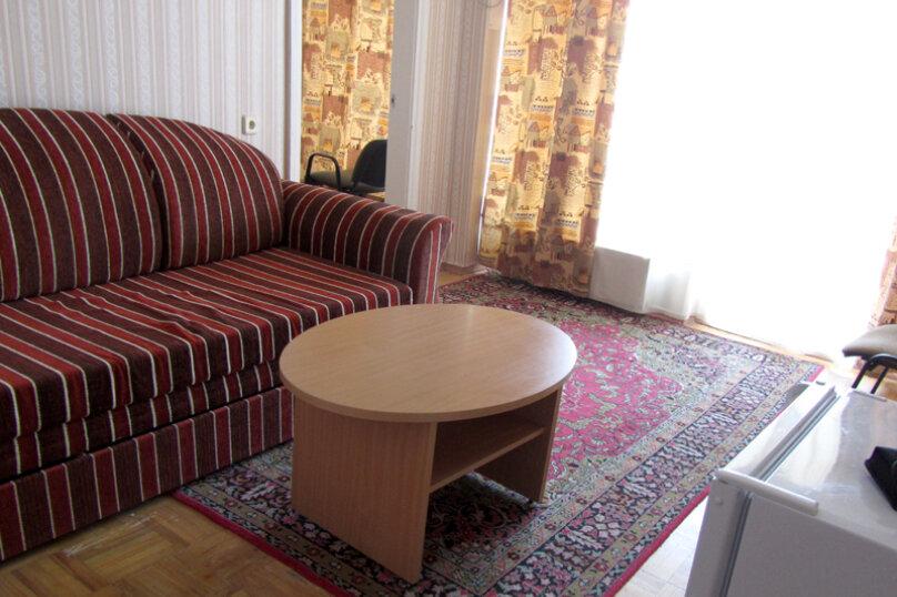 Полулюкс (2*), II-V этаж, Алупкинское шоссе, 60, Гаспра - Фотография 1