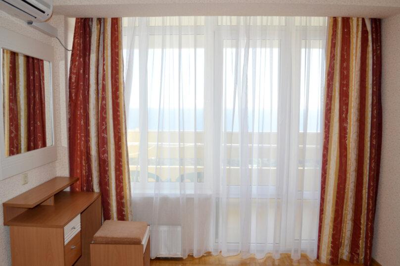 Люкс «Море» (2*), VI-X этаж, Алупкинское шоссе, 60, Гаспра - Фотография 1