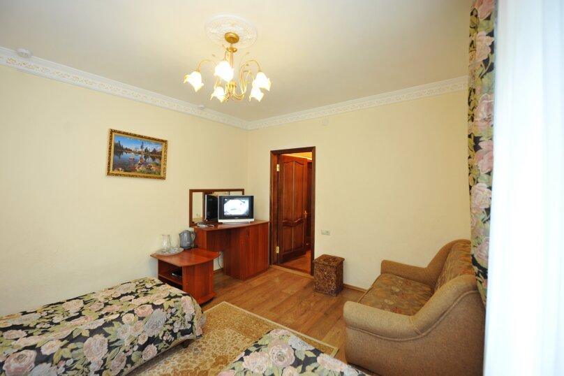 Полулюкс (Двухместный номер Делюкс с 2 отдельными кроватями ), Карачаевская улица, 103, Домбай - Фотография 1