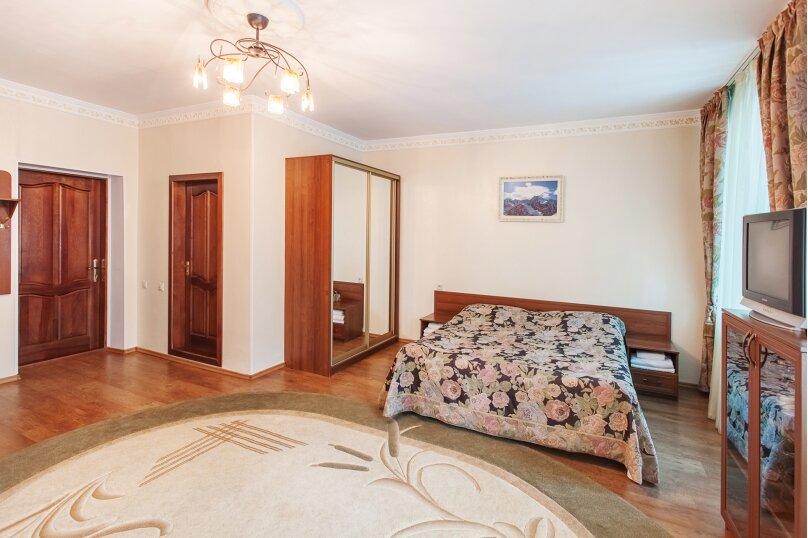 Двухместный номер «Комфорт» с 1 кроватью, Карачаевская улица, 103, Домбай - Фотография 1