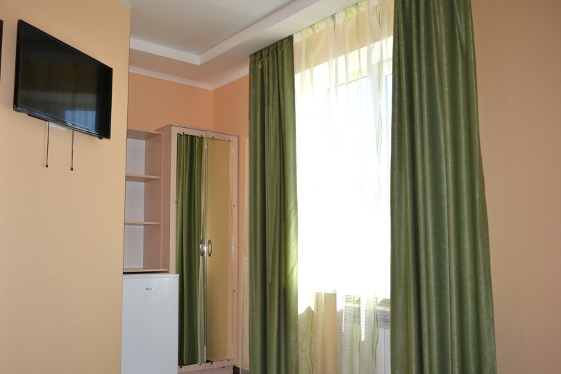 """Гостевой дом """"Злата"""", Демышева, 34 на 14 комнат - Фотография 16"""