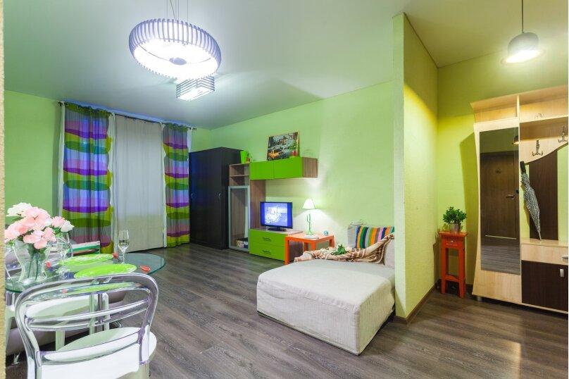2-комн. квартира, 42 кв.м. на 5 человек, Полтавский проезд, 2, Санкт-Петербург - Фотография 1