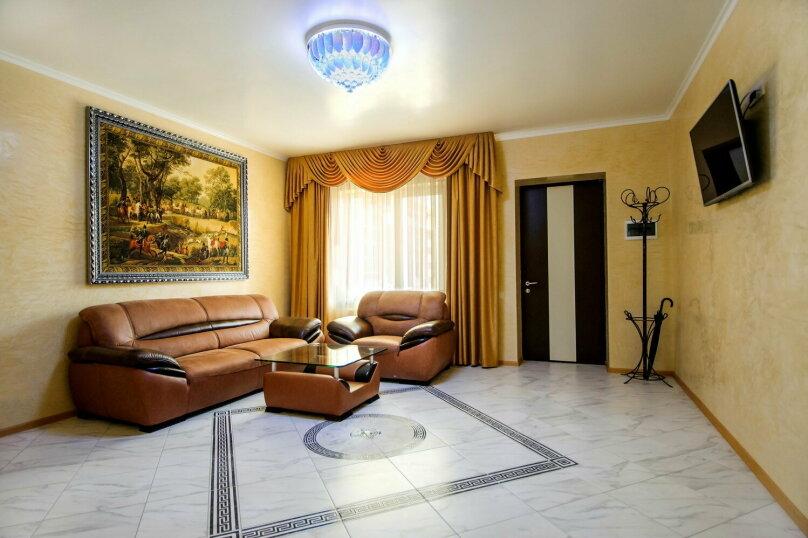 Люкс с 1 спальней (3-х местный), улица Чкалова, 10, Саки - Фотография 2