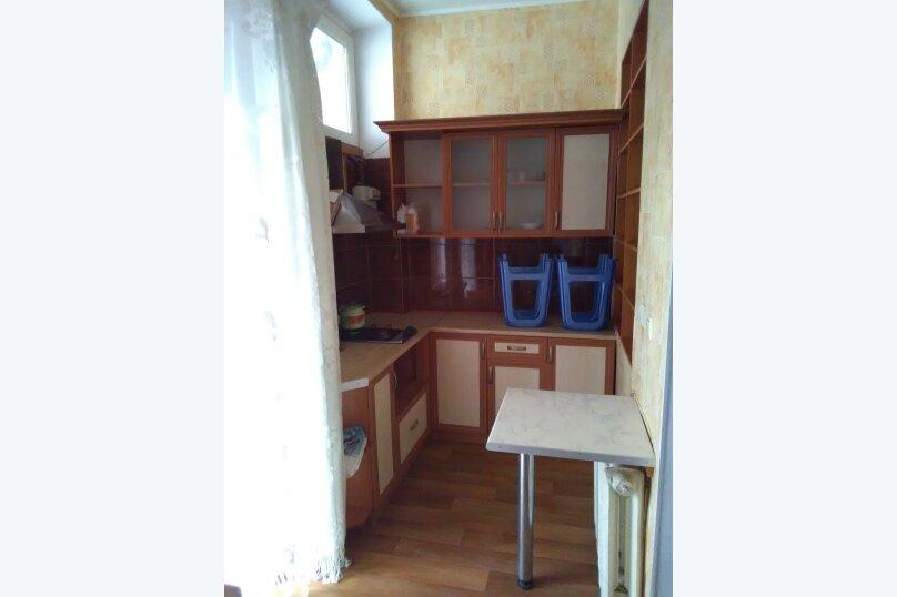 комната №4 (трёхместная+доп.место) на втором этаже с балконом., Земская улица, 5, Феодосия - Фотография 7