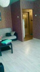 2-комн. квартира, 60 кв.м. на 7 человек, улица Кирова, Смоленск - Фотография 1