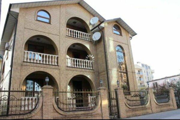 Дом, 270 кв.м. на 14 человек, 6 спален
