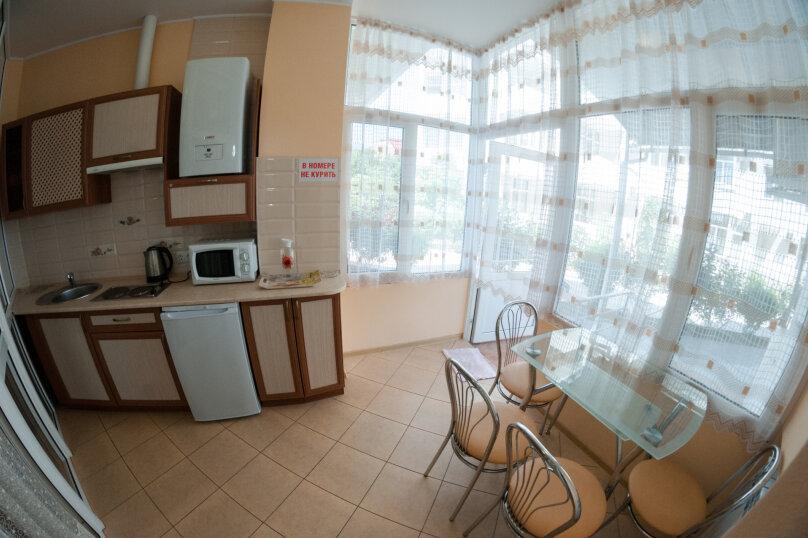 Апартаменты на Черноморской, Черноморская набережная, 1В на 11 номеров - Фотография 25