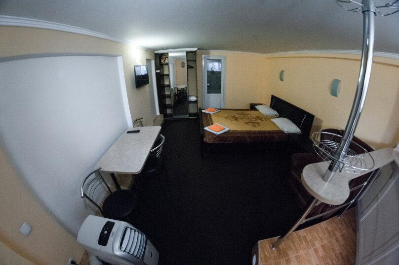Отдельная комната, Черноморская набережная, 1В, Феодосия - Фотография 1