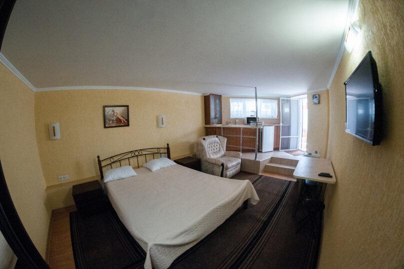 Апартаменты на Черноморской, Черноморская набережная, 1В на 11 номеров - Фотография 16