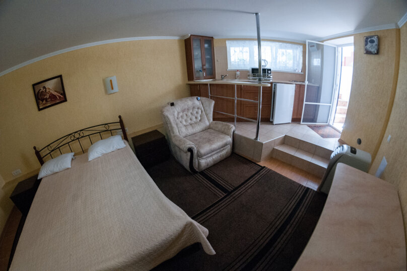 Апартаменты на Черноморской, Черноморская набережная, 1В на 11 номеров - Фотография 18
