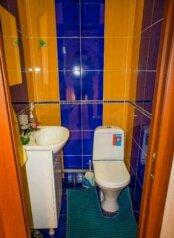 БУНГАЛО, 100 кв.м. на 8 человек, 3 спальни, д. Зеленая Поляна, Цветочная, Банное - Фотография 3