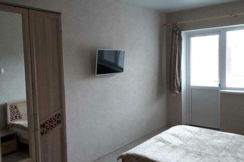 Отдельная комната, СТ Импульс-1, 6-я линия, 236, Севастополь - Фотография 1