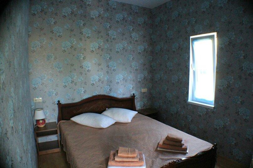двухкомнатный(4) четырехместный номер, улица Коммунальников, 23, Феодосия - Фотография 2