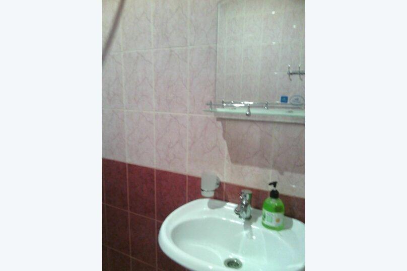 двухкомнатный(4) четырехместный номер, улица Коммунальников, 23, Феодосия - Фотография 3