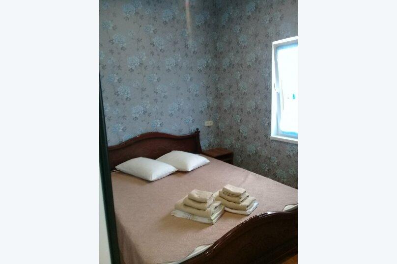 двухкомнатный(4) четырехместный номер, улица Коммунальников, 23, Феодосия - Фотография 6