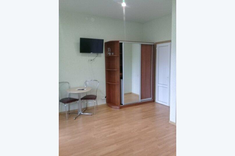 двухкомнатный(4) четырехместный номер, улица Коммунальников, 23, Феодосия - Фотография 8