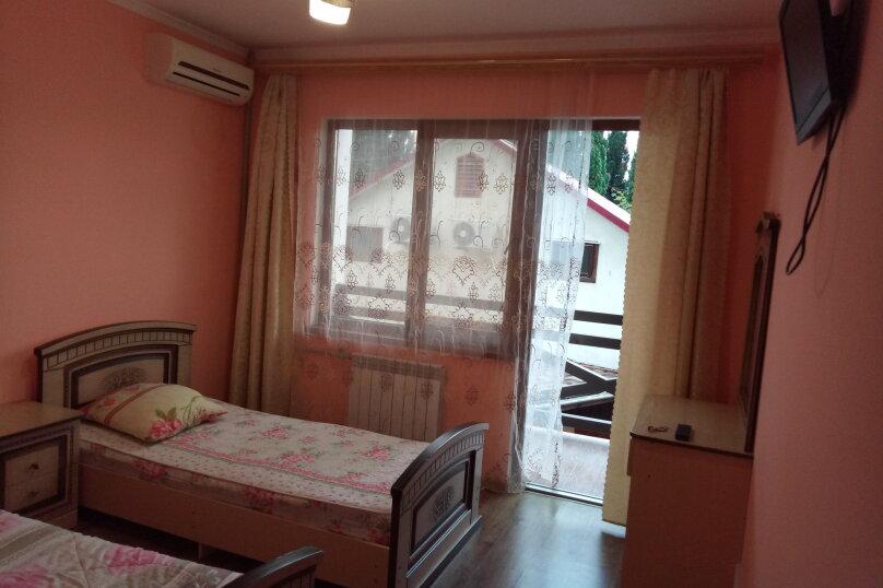 двухместный стандарт с балконом, улица Попова, 19, Адлер - Фотография 2