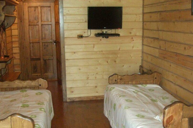 Двухместные покои с раздельными кроватями или с одной большой кроватью, д. Петриково, 6, Осташков - Фотография 2