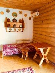 Коттедж 45 м² на участке 5 сот., 45 кв.м. на 5 человек, 2 спальни, Пироговская, Ялта - Фотография 2