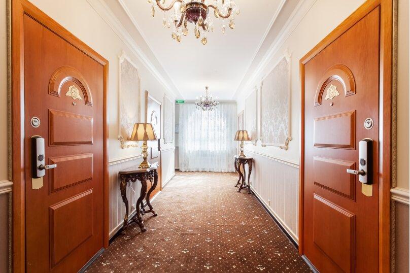 """Отель """"Кристэлла, Широкая улица, 40 на 14 номеров - Фотография 8"""