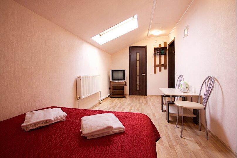 Эконом с двуспальной кроватью, улица Керамзавода, 19с1, Рязань - Фотография 1