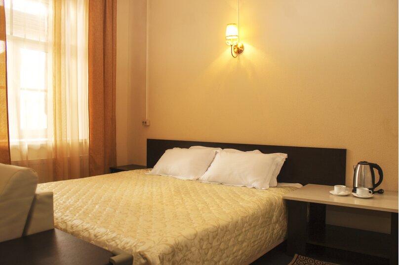 """Отель """"Yellow"""", улица Ломоносова, 3 на 20 номеров - Фотография 20"""