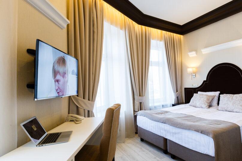 Улучшенный двухместный номер, улица Шкапина, 2, Санкт-Петербург - Фотография 1