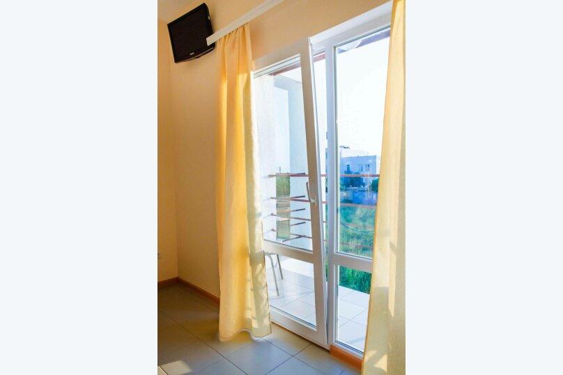Люкс 4-х местный, Заозёрное, Прибой-2, Вишнёвая улица, 7, Евпатория - Фотография 5