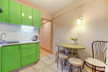 2-комн. квартира, 45 кв.м. на 5 человек, Большая Пороховская улица, метро Ладожская, Санкт-Петербург - Фотография 2