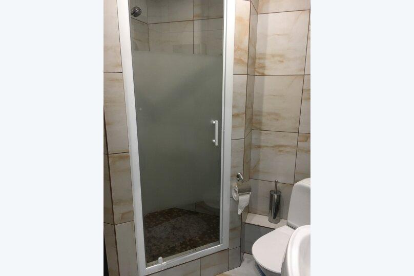 Номер полулюкс DARK #9 с оригинальным дизайном, двуспальной кроватью, диваном и собственной ванной комнатой, Красногорский бульвар, 24, Красногорск - Фотография 7